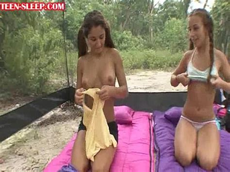 Homemade girlfriend strip show amateur teen dancing jpg 488x366