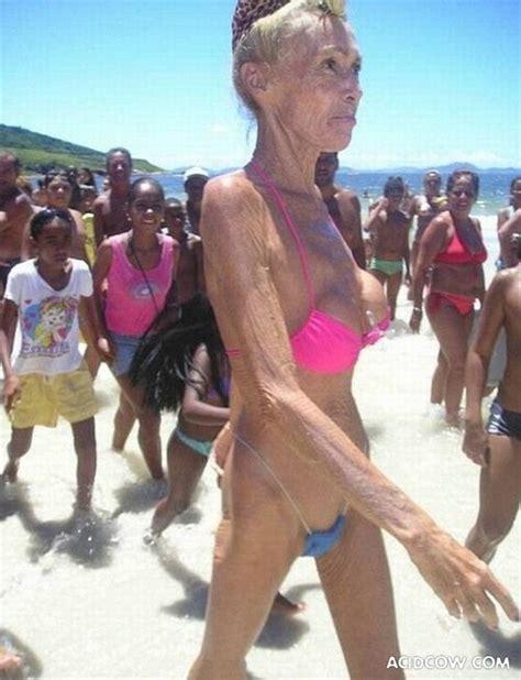 Old woman on the beach blogger jpg 570x744