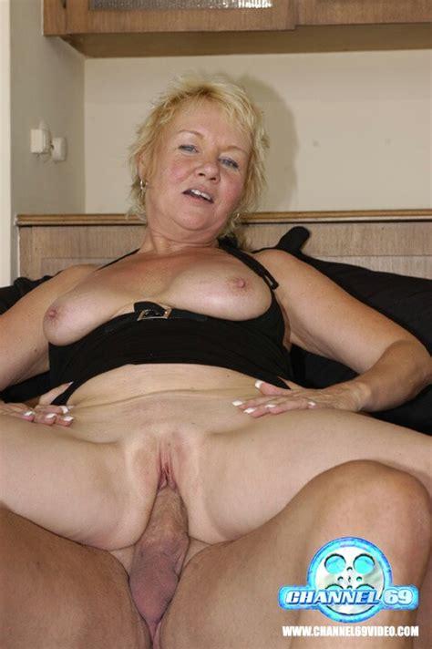 mature women haing sex jpg 480x722