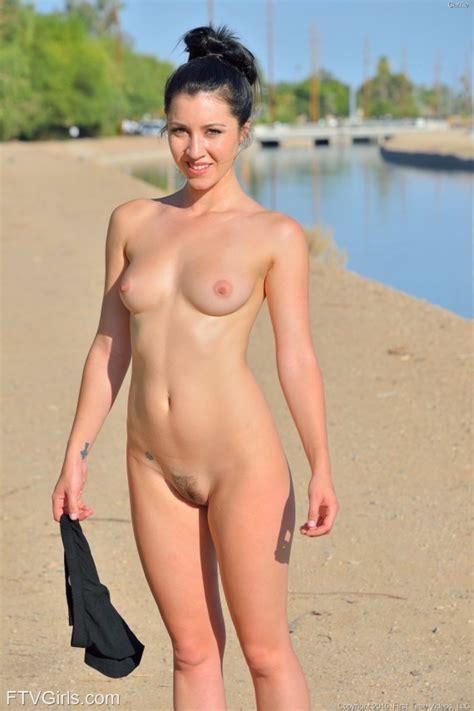 Jogging, free jogging tube sex videos, porn clips, xxx jpg 570x856