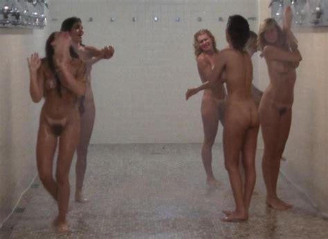 naked girls shower lockerrom jpg 1280x935